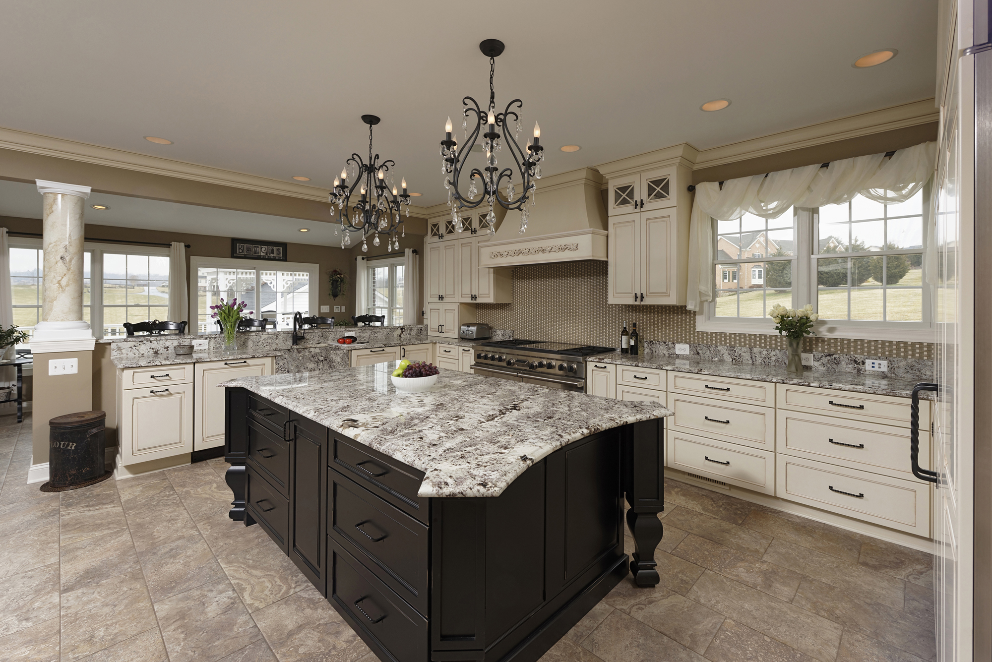 Spectacular kitchen family room renovation in leesburg for Family room renovations