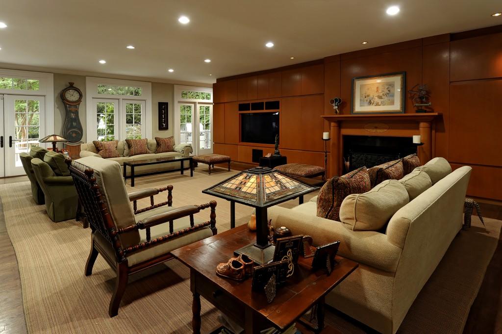 DAV-Great-Falls-VA-Whole-House-Renovation-Design-Family-Room