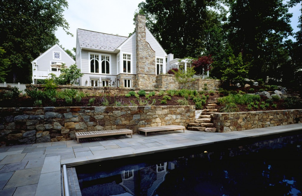 GLO-Bethesda-MD-pool-retaining-wall-landscaping