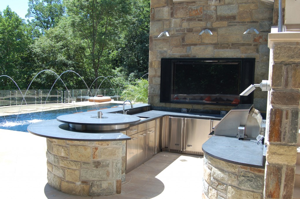 McLean VA Renovation Outdoor Kitchen