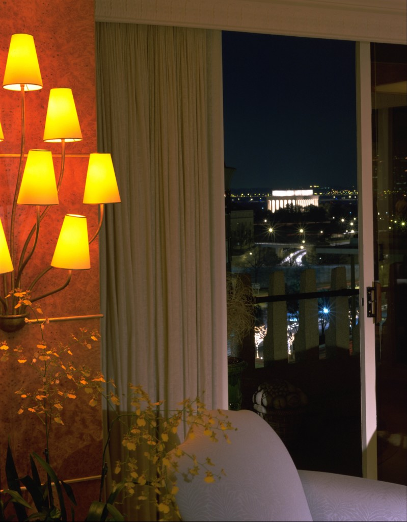 WES-Washington-DC-Watergate-Condo-Living-Room-Balcony-memorial