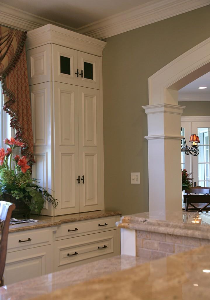 Great Falls VA Traditional Kitchen Cabinets