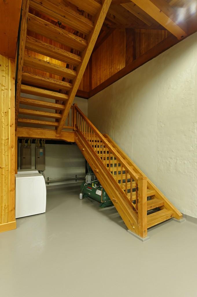 MAY-Timberframe-barn-staircase