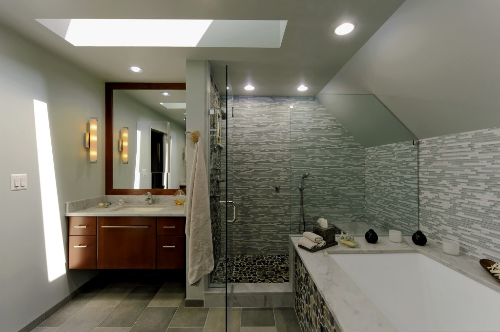 Great Falls VA Contemporary 'Addition Master Bath