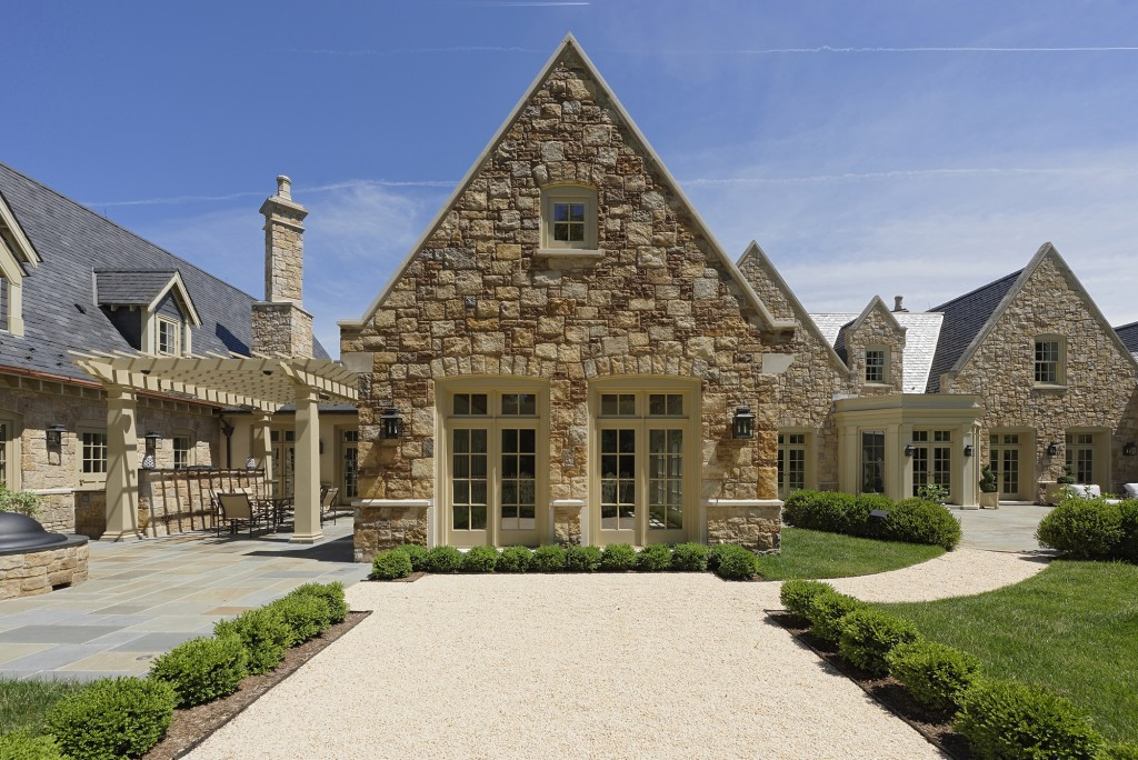 CARL-Great-Falls-VA-Traditional-addition-exterior-d15175-2644