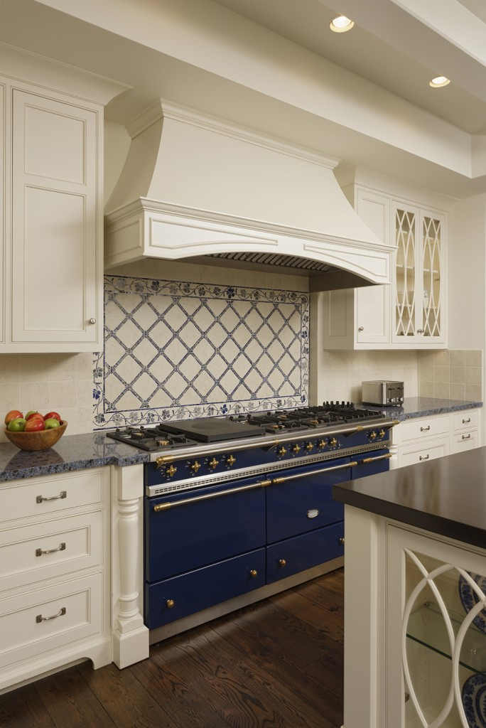 Great Falls VA Traditional Kitchen Range