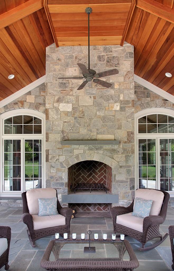 HEN-Great-Falls-VA-traditional-outdoor-room-2