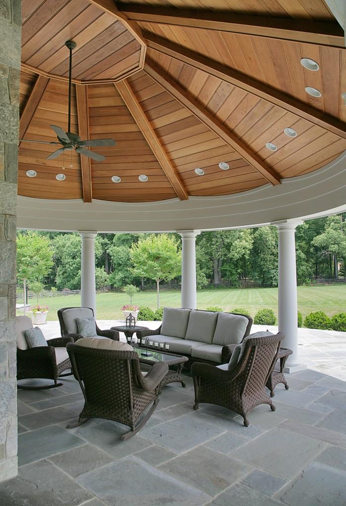 Great Falls VA Traditional Outdoor Room