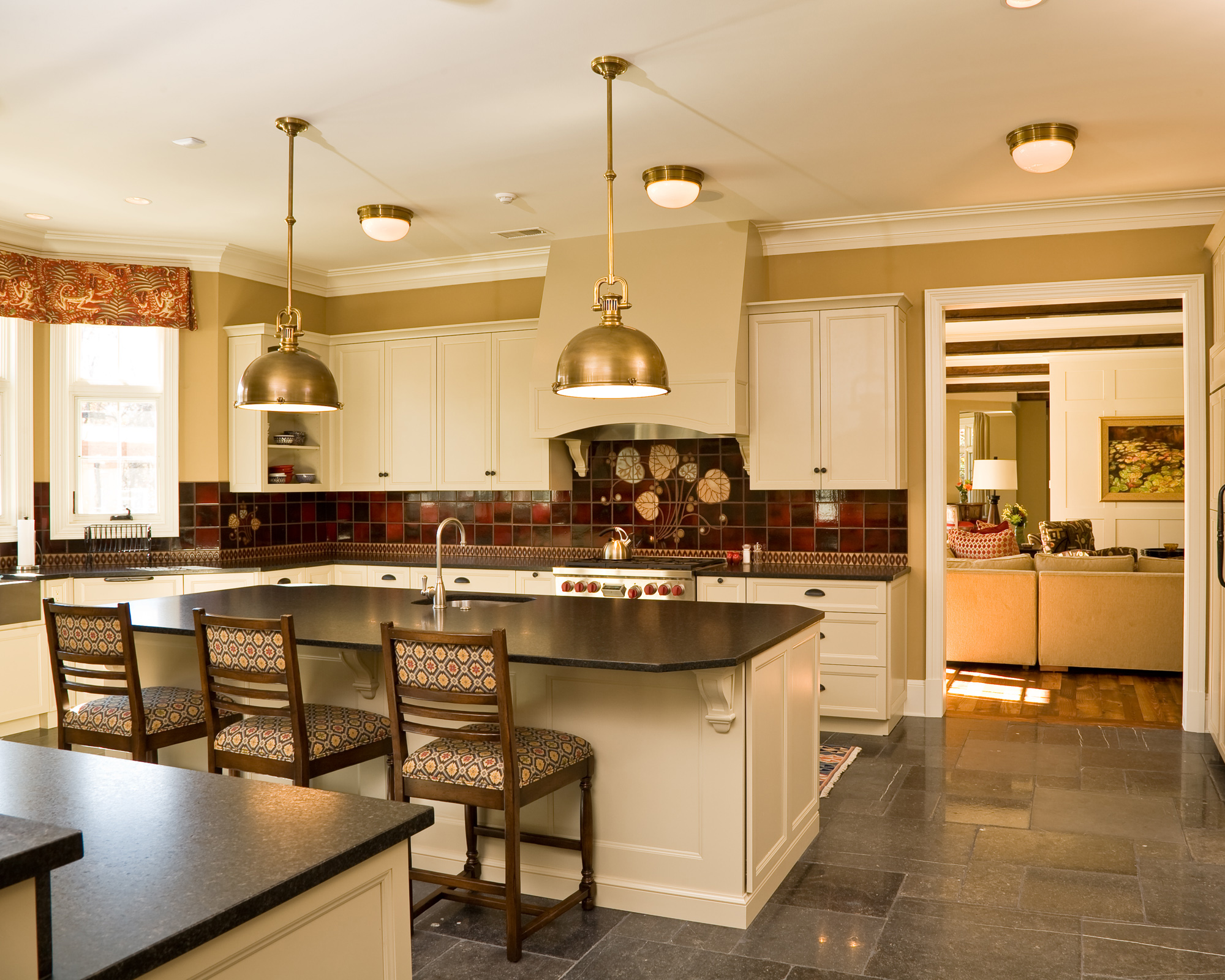 Kitchens breakfast dining rooms photo gallery bowa for Gourmet kitchen island