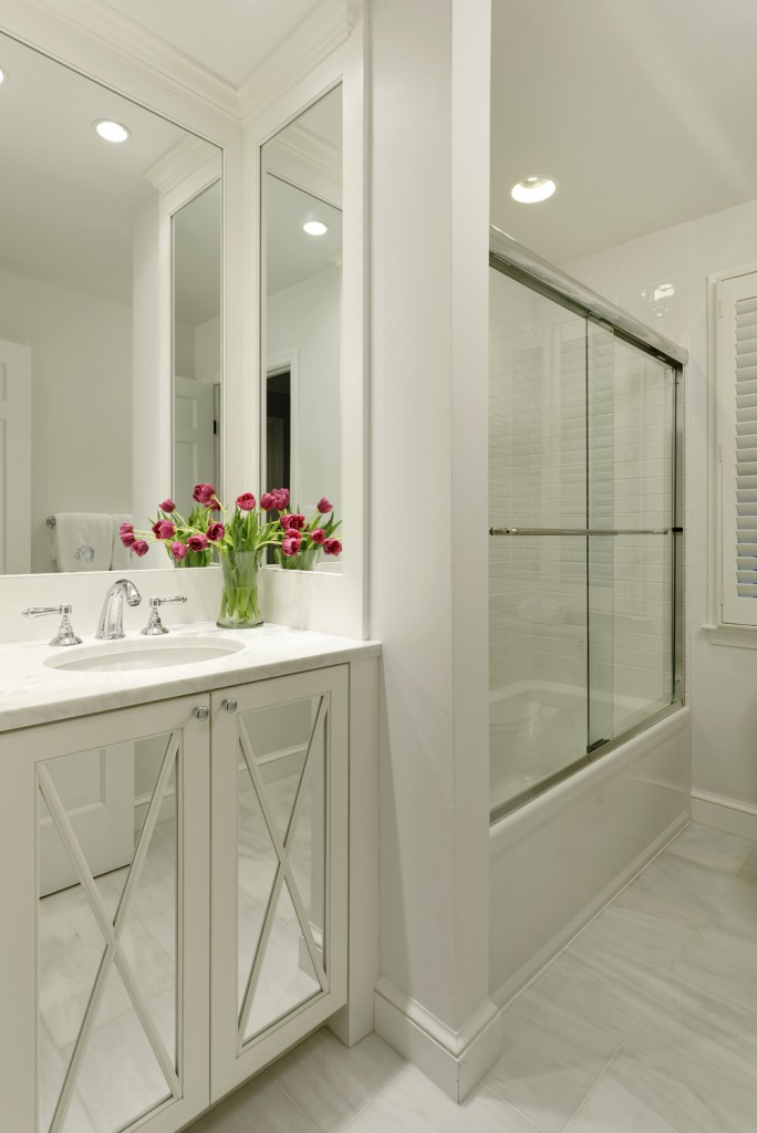 POC-Bethesda-MD-Traditional-hall-bathroom-mirrored-cabinets