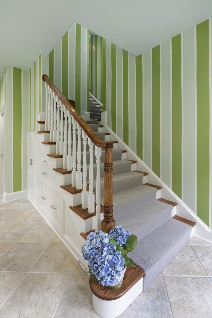 McLean VA Traditional Stairway