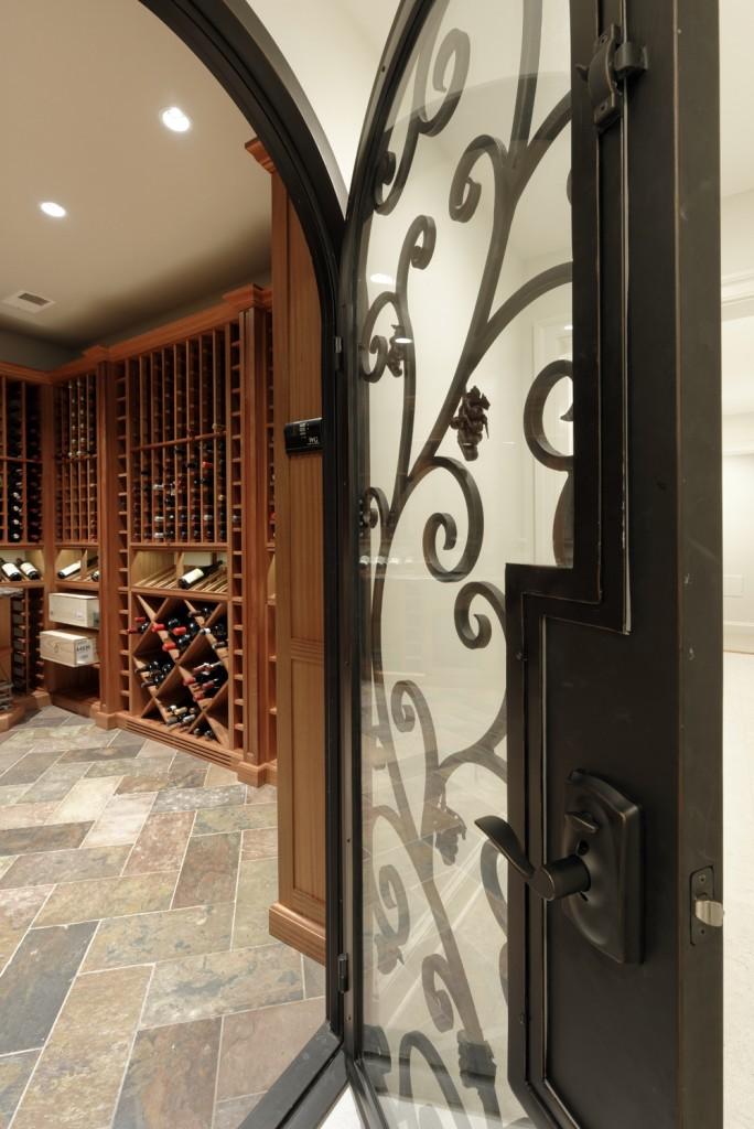 McLean VA Traditional Wine Room