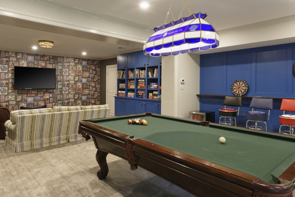 Washington DC Lower Level Pool Room