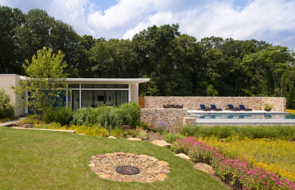 Loudoun County Contemporary Pool House