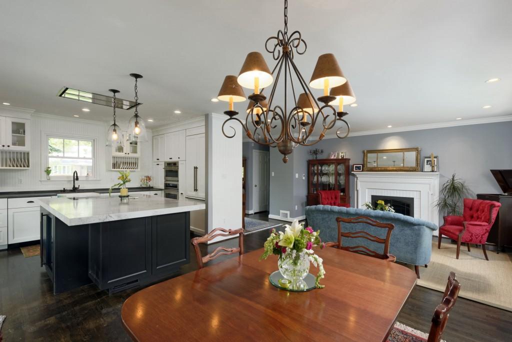 McLean VA Traditional Kitchen Sunroom