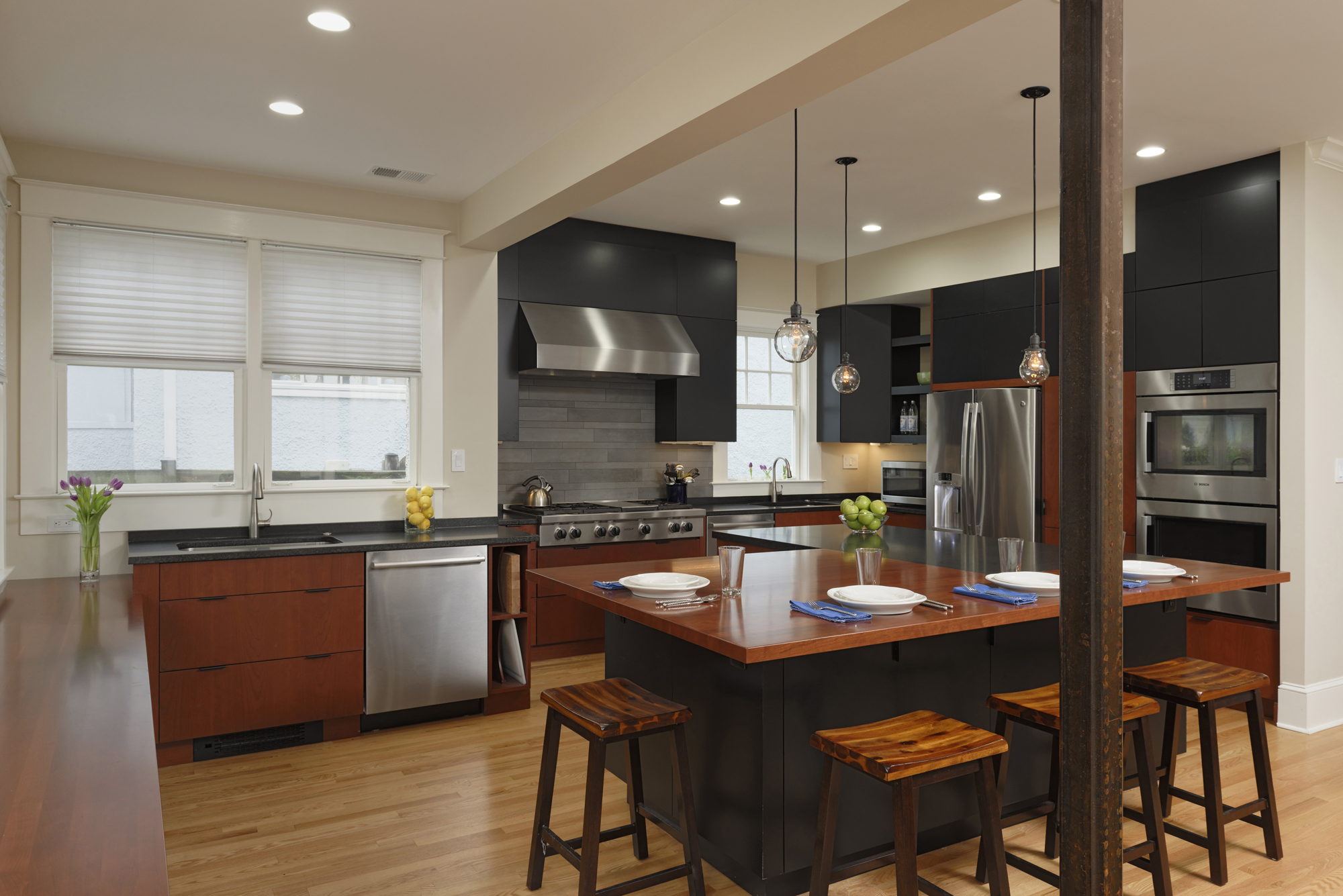 Kitchens breakfast dining rooms photo gallery bowa Kitchen design remodel dc