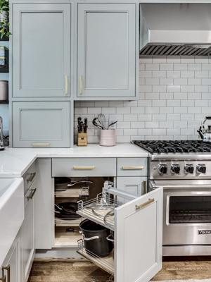 BOWA Design Build Renovation - Corner Cabinet Storage